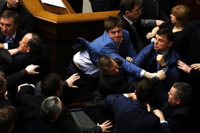 Выборы в Верховную Раду Украины: страну возглавят русофобы и агенты Кремля