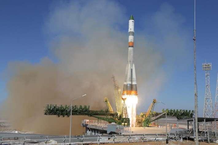 Ракета-носитель «Союз-2−1а» впервые вывела на орбиту грузовой корабль