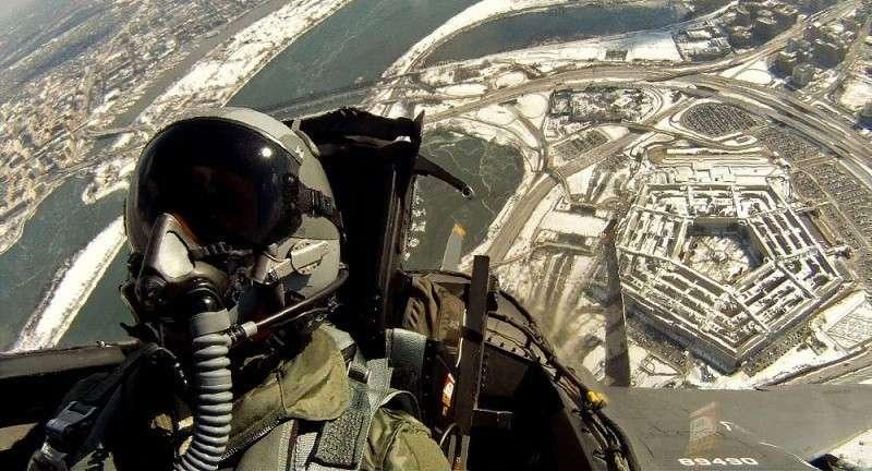 Пилоты США требуют прибавку к зарплате за страх перед ВКС России