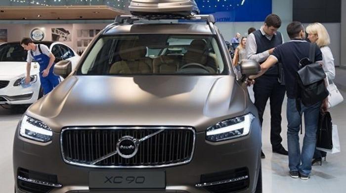 Volvo отзывает полмиллиона автомобилей из-за возможного возгорания двигателя