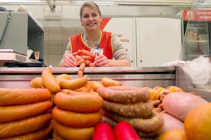 Соевая колбаса, молоко с пальмой и накачанное мясо: масштабы фальсификата в торговых сетях ужасают