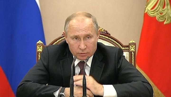 Владимир Путин потребовал запретить строительство в опасных подтопляемых зонах