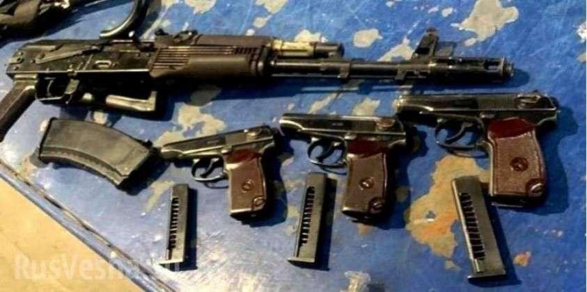 Француз пытался вывезти из Украины гашиш и арсенал оружия