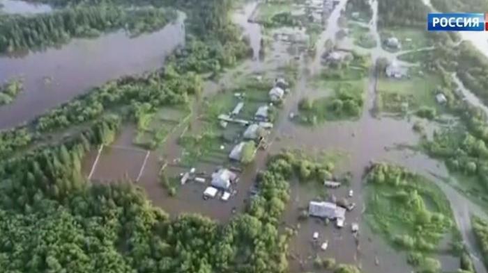 Паводки на Дальнем Востоке: мосты в Хабаровске ушли под воду за одну ночь