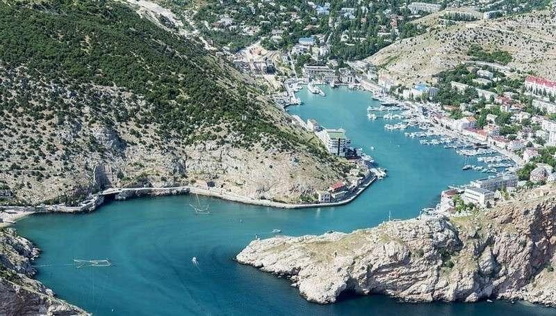Отдых в Крыму значительно подешевел: полуостров устанавливает новые рекорды посещаемости
