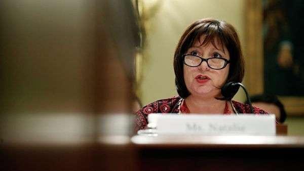Наталья Яресько во время слушания по вопросу преодоления кризиса в Пуэрто-Рико