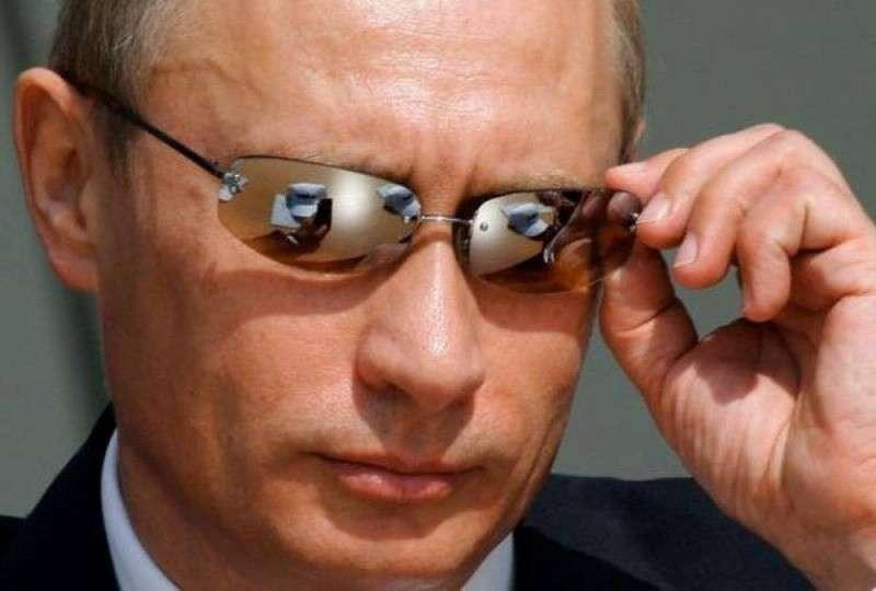 Эпоха Путина – это история летчика, сумевшего вывести самолет из штопора у самой земли