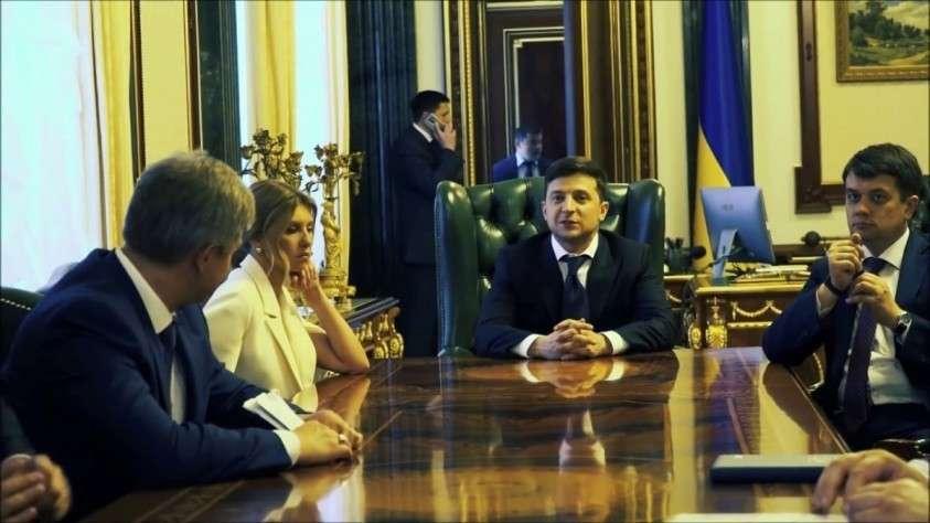 Все кресла в кабинете министров Украины займут «слуги народа»