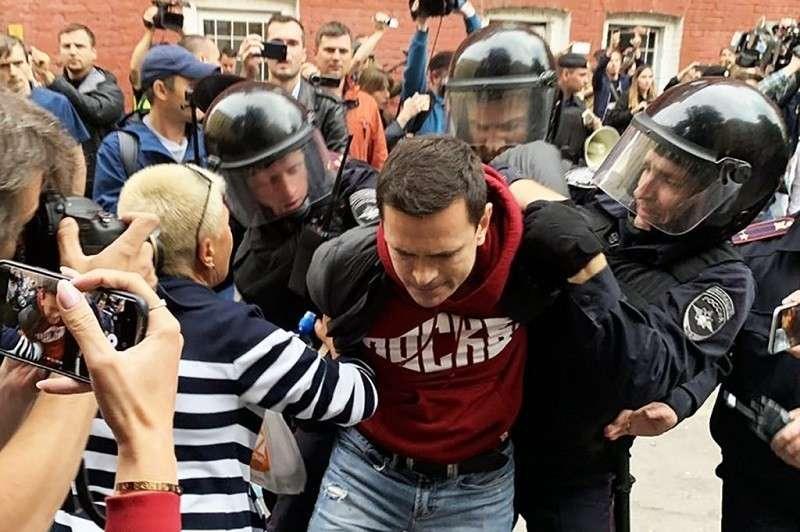 Массовые уличные протесты в России. Лед наконец-то тронулся?