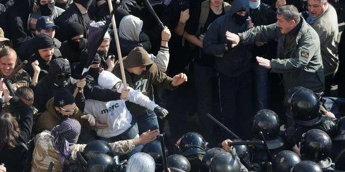 Украинские батальоны пойдут на Киев вместе с ополченцами