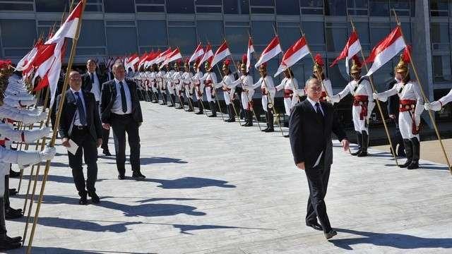 Guardian: Если Россия станет противовесом США, мир ее поддержит