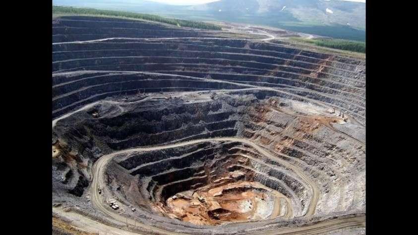 Теория большого пшика: откуда на Земле взялись горные породы?