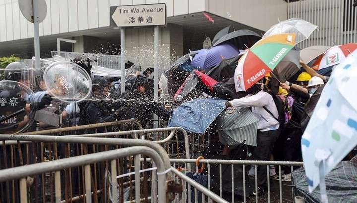 В Гонконге началась новая волна майданных протестов