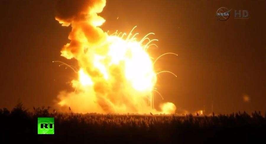 Ракета Antares была подорвана специально после возникновения неполадок при запуске