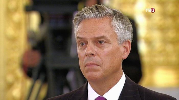 Посол США в России Джон Хантсман не выдержал и подал в отставку