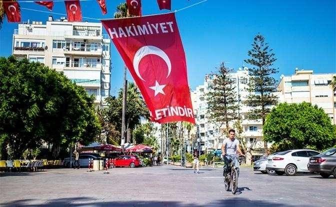 Отдых в Турции 2019: повар швырнет вам тарелку и обматерит на русском