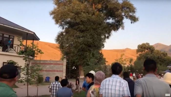 Киргизия. Видео операции по задержанию экс-президента Атамбаева. Есть раненные!