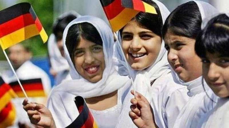 Министр образования Германии: более 10 % немецких первоклашек не понимают, что говорит учитель