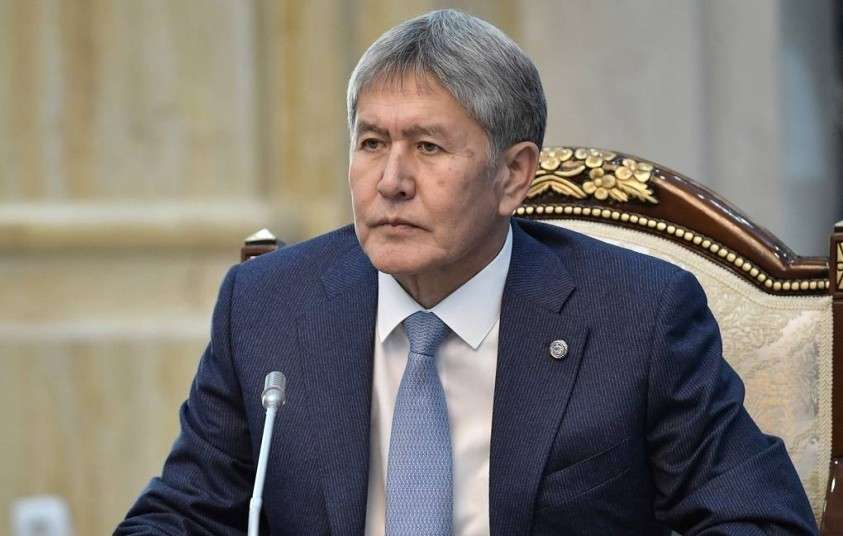 Экс-президент Атамбаев отбился от трёх атак спецназа и взял в плен шестерых. Что это значит?