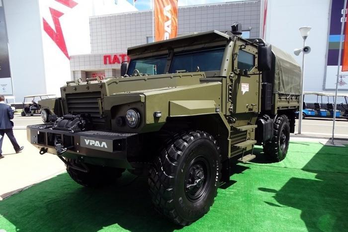 Комфортный бронированный грузовик «Урал-53099» с колесной формулой 4х4 создали в Миассе