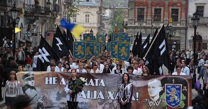 В Германии рассказали о плане бомбежек Львова в 2014 году, в случае неудачи майдана