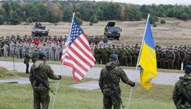 Прошла любовь, завяли БТРы: в НАТО отказываются поставлять оружие Украине