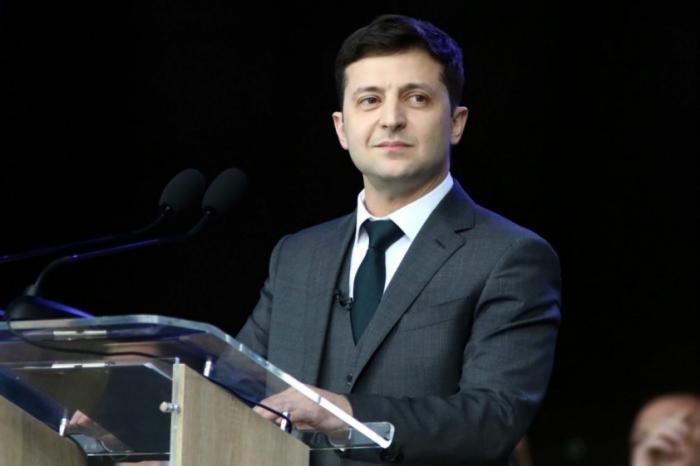 Зеленский упростит предоставление гражданства Украины майданутым россиянам