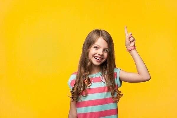 8 хороших манер, которым нужно научить ребенка. Вежливость с пелёнок