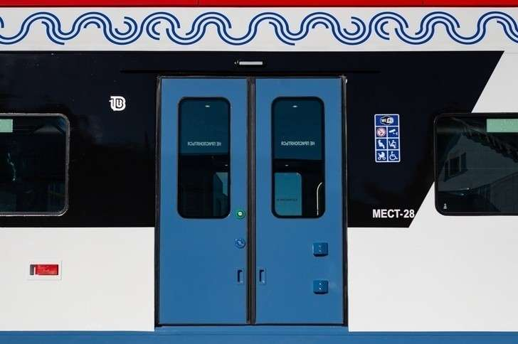 ТМХ представил поезд «Иволга» в новом дизайне для Московских центральных диаметров