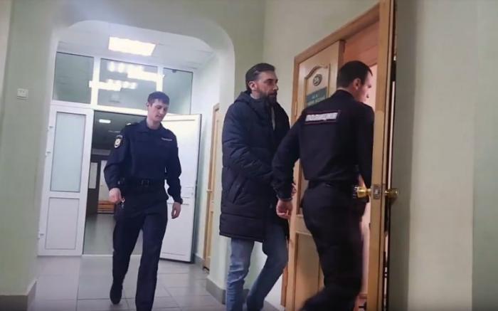 Глава управления Росреестра в Амурской области набивал взятками служебную Toyota