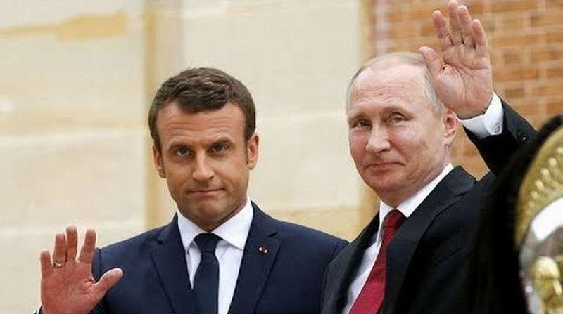 Встреча Путина и Макрона во Франции. Прямая трансляция