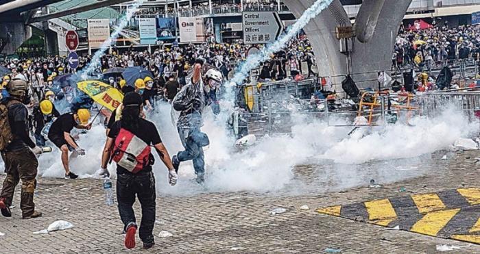 Торговая война. США хотят закрыть «ворота в Китай» протестами в Гонконге