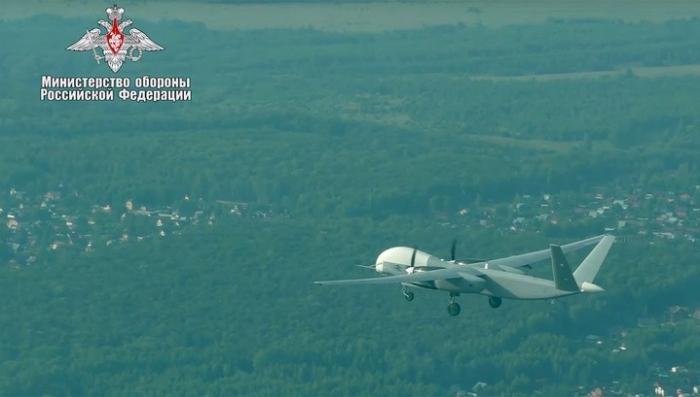 Российские военные испытали новейший БПЛА «Альтиус-У», способный летать больше суток