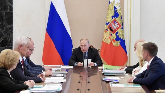 Владимир Путин о деньгах, выделенных на развитие здравоохранения: «должны быть истрачены с умом»
