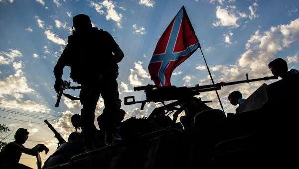 Бойцы ополчения Донбасса в городе Снежное. Архивное фото