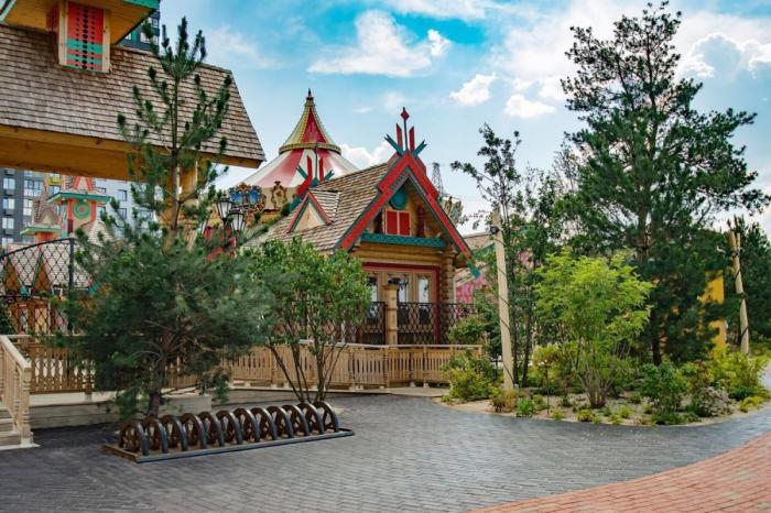 ВМоскве открылся этно-парк по русским сказкам «Феникс»