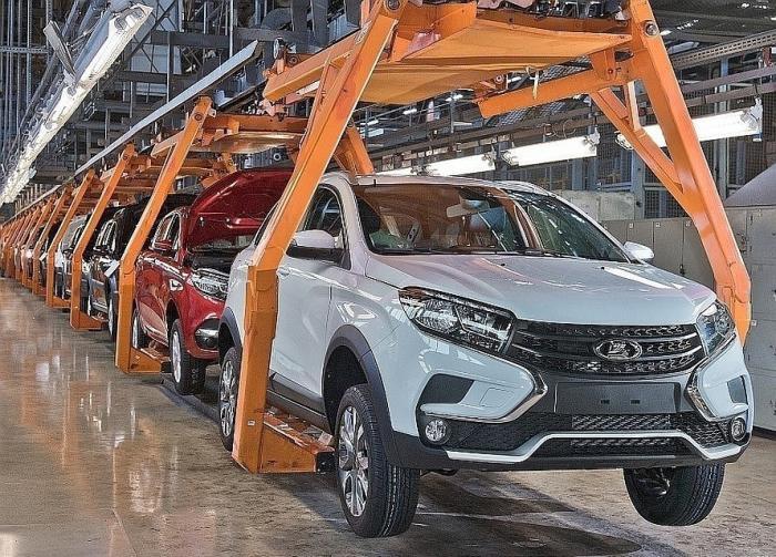 Российские заводы увеличили выпуск автомобилей засемь месяцев 2019 года