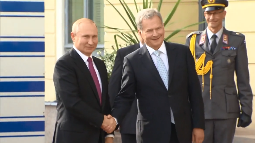 Владимир Путин и президент Финляндии Саули Ниинистё провели пресс-конференцию по итогам переговоров
