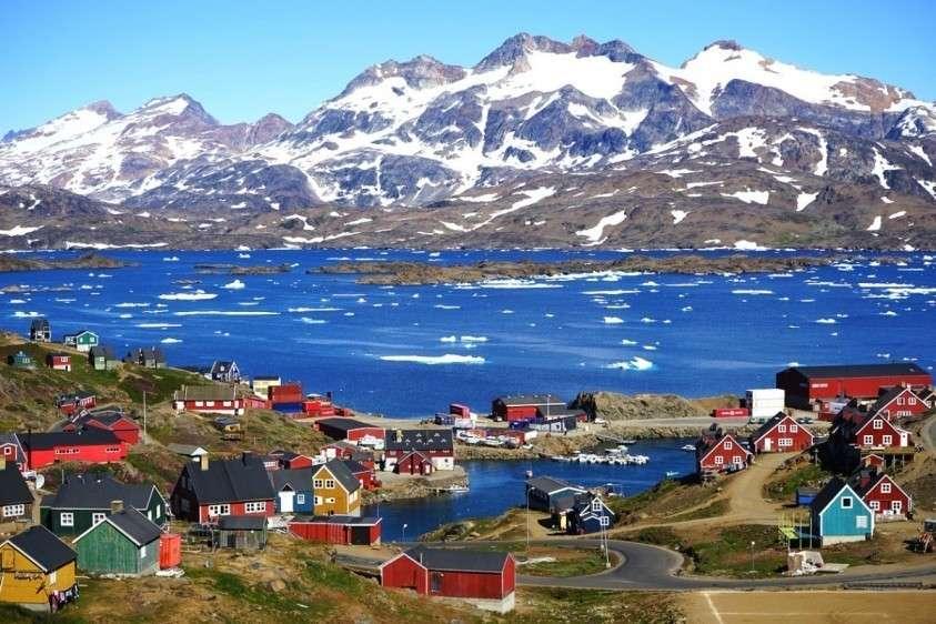 Зачем Трамп так настойчиво хочет купить у Дании Гренландию?