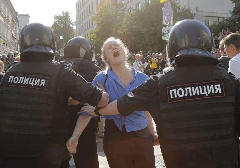 Митинги в Москве. Создание дееспособной и конструктивной оппозиции