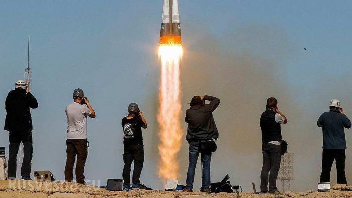 Россия впервые запустила человекоподобного робота «Федора» в космос на корабле «Союз МС-14»