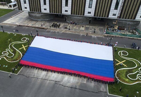 В России 22 августа отмечают День государственного флага