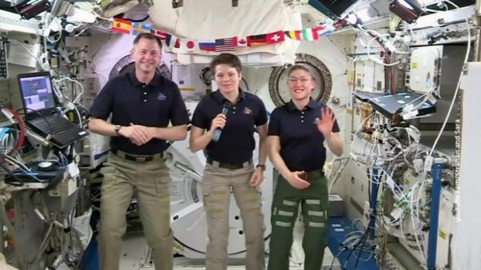 Американскую астронавтку-извращенку Энн Макклейн подозревают в совершении преступления на МКС