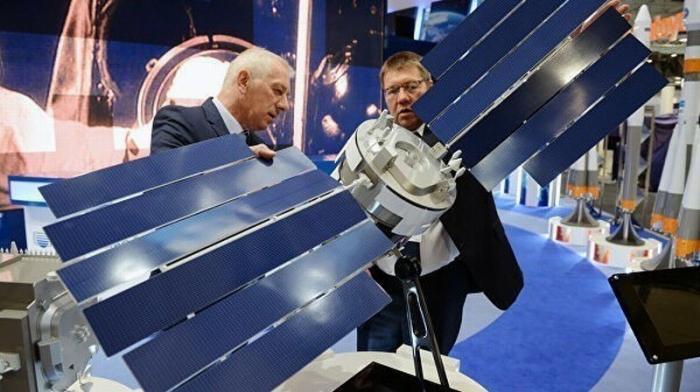 «Роскосмос» разработал «броню» для искусственных спутников