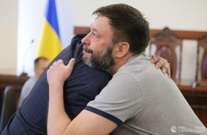 Почему суд в Киеве наконец-то отпустил Кирилла Вышинского?