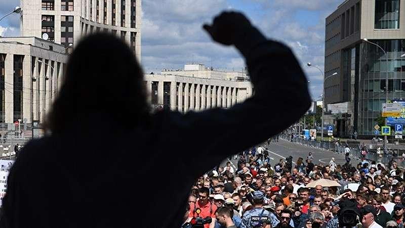 «Время принимать решение»: СК выпустил спецрепортаж о протестах в Москве