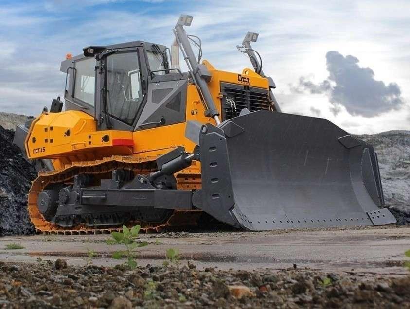 Челябинский завод «ДСТ-УРАЛ» выпустил новый бульдозер ТМ10 ГСТ15 второго поколения