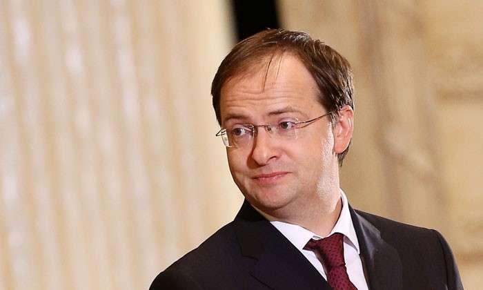 «Важнее всего то, что мы сами о себе думаем». Министр культуры России ответил на вопросы корреспондента «СП» в Риге