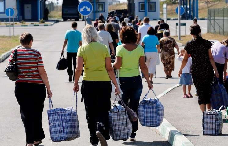 Правительство РФ утвердило субсидии на оказание помощи вынужденно покинувшим Украину