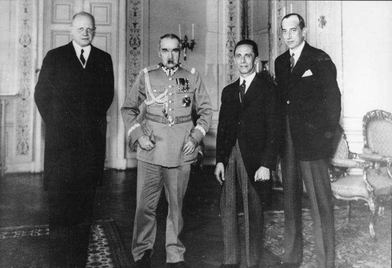 Польша – гиена Европы: что умолчал президент Польши Анджей Дуда, говоря о начале Второй мировой